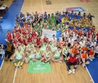 "TEVA un ""Olainfarm"" vecmeistari triumfē šī gada LFB basketbola turnīrā?v=1435973776"